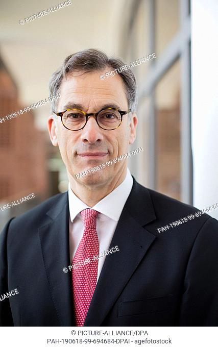 18 June 2019, North Rhine-Westphalia, Bielefeld: Heino Schmidt, Chief Representative of Dr. August Oetker KG, is present at the annual press conference at...