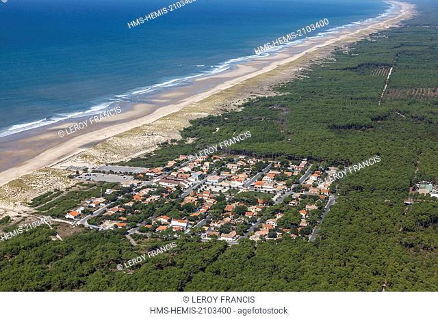 France, Gironde, Hourtin, Hourtin Plage (aerial view)