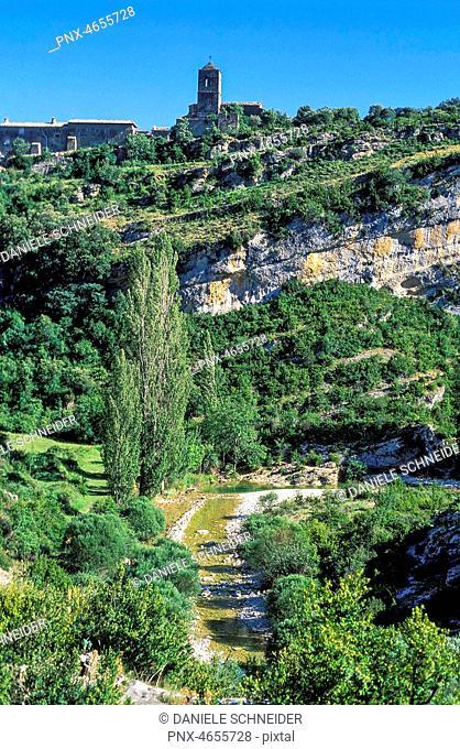 Spain, province of Huesca, autonomous community of Aragon, Sierra y Ca¤ones de Guara natural park, Rodellar village above the Mascun canyon