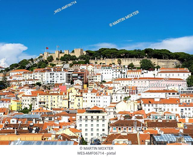Portugal, Lisboa, Baixa, cityscape with Castelo Sao Jorge
