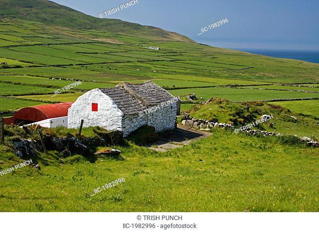 lone farmhouse on mizen head in west cork, county cork ireland