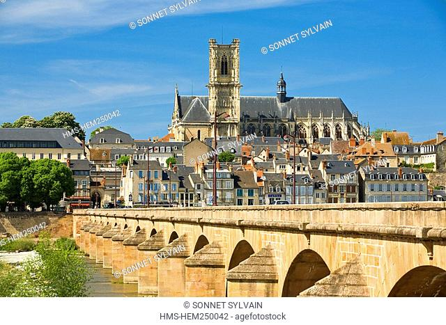 France, Nievre, Nevers, bridge over Loire River, Saint Cyr Sainte Julitte Cathedral in the background