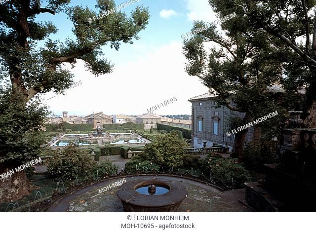 Blick vom oberen Garten auf Wasserparterre mit Fontana del Quadrato