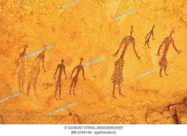 Painted people, neolithic rock art at Tin Meskis, Adrar n'Ahnet, Algeria, Sahara, North Africa