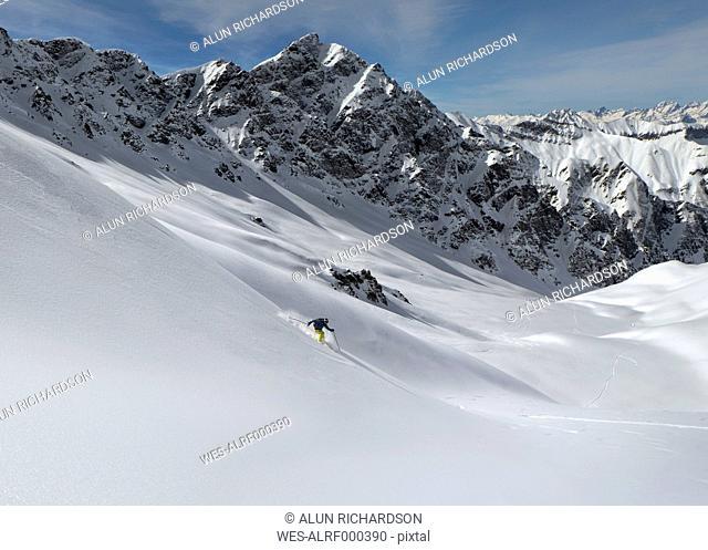 France, Queyras, Nature Park, off-piste skiing