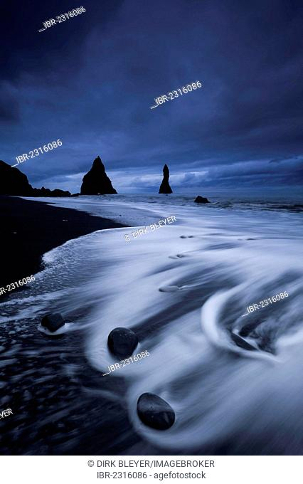 Reynisdrangar rock formation near Vik í Mýrdal, black sandy beach, southern coast, Iceland, Europe