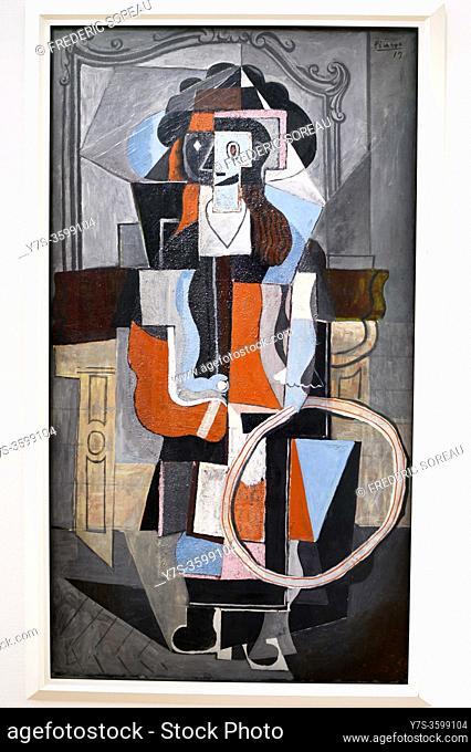Fillette au cerceau, 1919, Pablo Picasso, Georges Pompidou museum Paris France