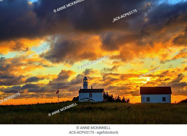 Lobster Cove Lighthouse, Gros Morne National Park, Newfoundland, Canada