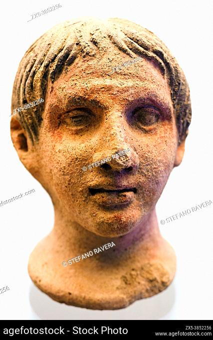 Votive head at the altar of the queen (3rd cent. BC) - Tarquinia National Archaeological Museum, Italy