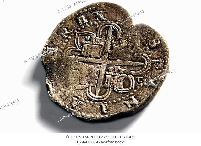 Bodegón de monedas de plata antiguas