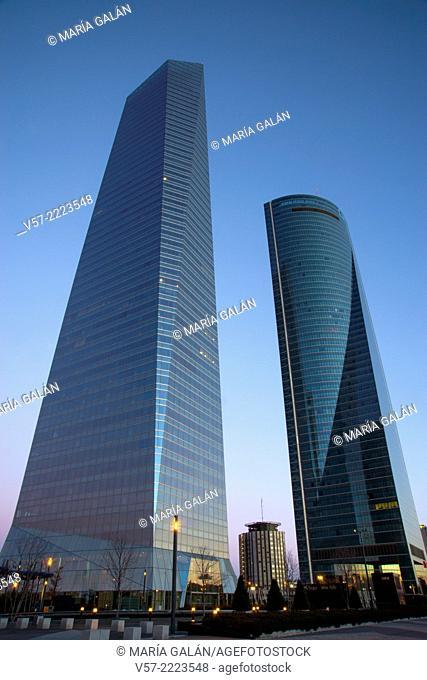 Cristal Tower and Espacio Tower at dawn. CTBA, Madrid, Spain