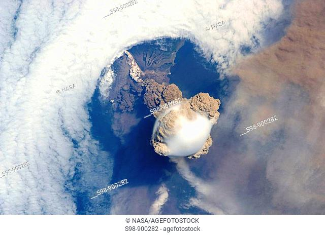 arychev Volcano  A fortuitous orbit of the International Space Station allowed the astronauts this striking view of Sarychev volcano Russia's Kuril Islands