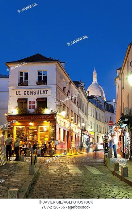 Street of Montmartre, Paris, Ile-de-france, France