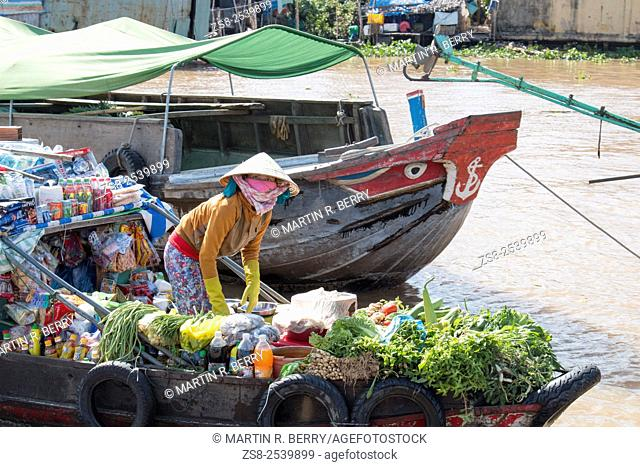 Cai Rang floating markets near Can Tho on the mekong river, Mekong Delta region, Vietnam, Asia