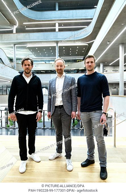 28 February 2019, Berlin: The Zalando board members David Schneider (r), Robert Gentz (l) and Rubin Ritter present the year 2018 at a press conference at the...