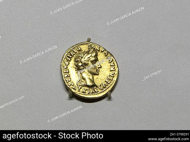 Aureus of Augustus. Gold. 2 BC-4 AD. Lugdunum, Lyon, France. MAN, Madrid