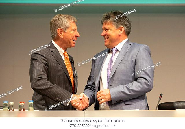 Essen, Germany, 30. 04. 2019, Innogy Annual General Meeting: Chairman of the Supervisory Board Erhard Schipporeit (L) and CEO Uwe Tigges