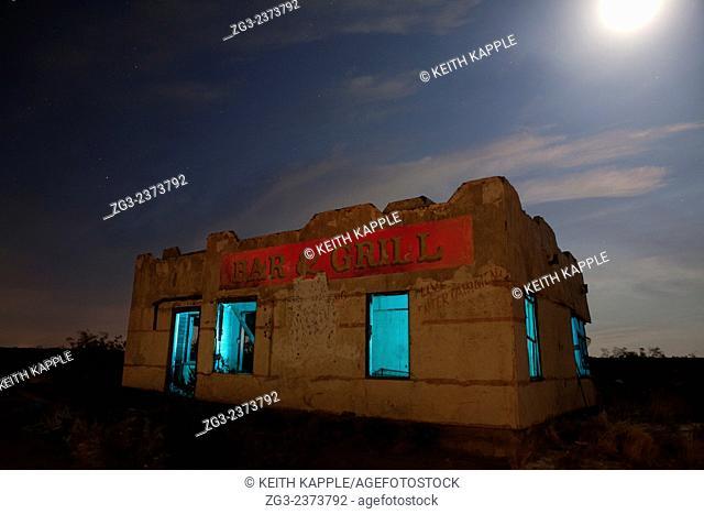 Abandoned Chata Ortega's Bar & Grill light painting, Toyah, Texas