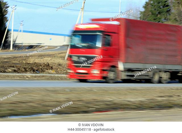 Delivery track speeding on a highway