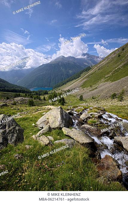 Italy, South Tyrol, Vernagt, Tisental, mountains, river, lake