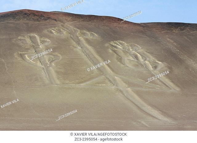 The Paracas Candelabra, located northwest of Paracas Bay, is a 120 meter long Geoglyph also called 'Tres Cruces' Three Crosses or 'Tridente' Trident