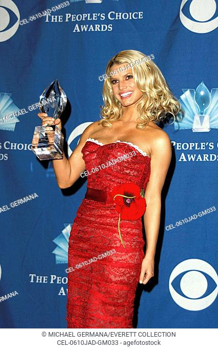 Jessica Simpson in the press room for The 32nd Annual People's Choice Awards, The Shrine Auditorium, Los Angeles, CA, January 10, 2006