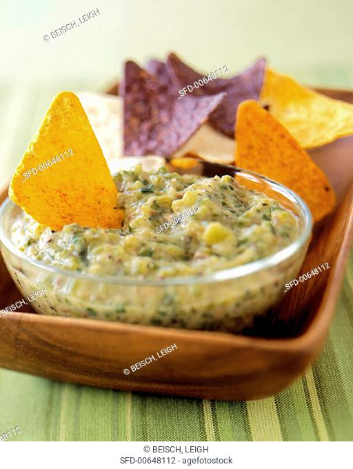 Green Chili Dip with Tortilla Chips