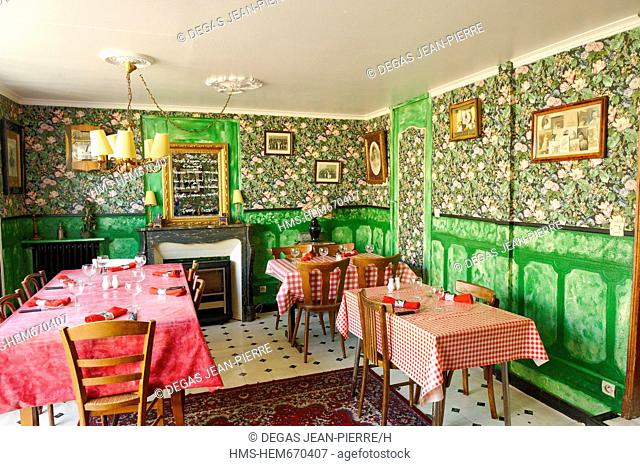 France, Meuse, Verdun, Chez Mamie, dining room with Vichy water tables and Rococo wallpaper