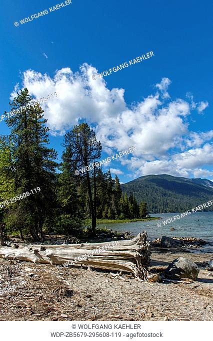 View of Lake Wenatchee from Lake Wenatchee State Park in eastern Washington State, USA
