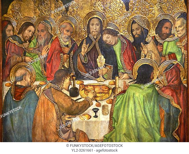 Gothic Altarpiece depicting the Last Supper (Sant Sopar) by Jaume Huguet, circa 1463 - 1475, Tempera and gold leaf on wood