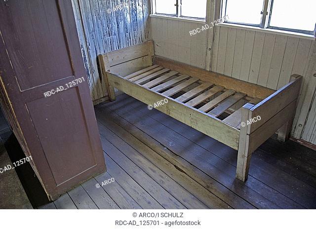 Bed in barrack Sachsenhausen concentration camp Sachsenhausen Oranienburg Brandenburg Germany memorial place KZ Sachsenhausen