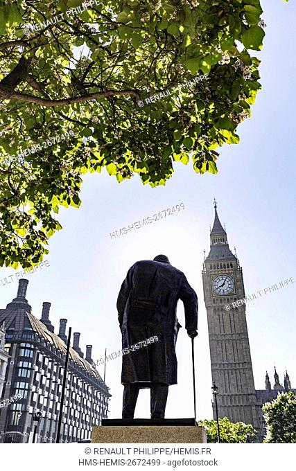 United Kingdom, London, Westminser district, Big Ben, the tower clock tower of the Palace of Westminster or Elizabeth Tower housing the famous Big Ben bell