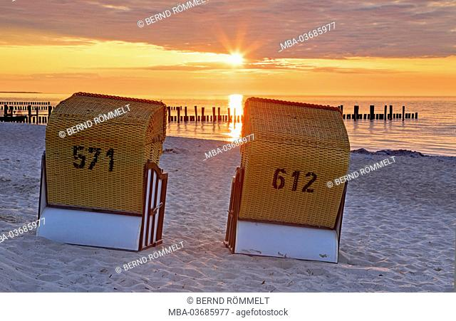 Germany, Mecklenburg-West Pomerania, Zingst, Baltic spa Zingst, beach