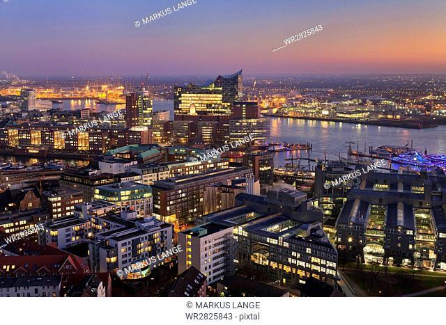 View over HafenCity and Elbphilharmonie at sunset, Hamburg, Hanseatic City, Germany, Europe