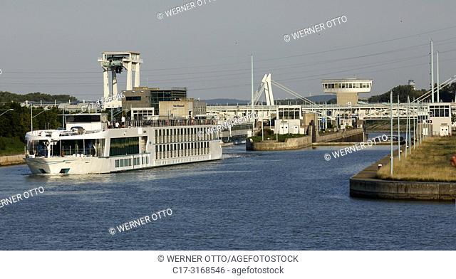 Vienna, Wien, Austria, A-Vienna, Danube, Federal Capital, Leopoldstadt, power station Freudenau, Danube power plant, run-of-the-river power plant, lock