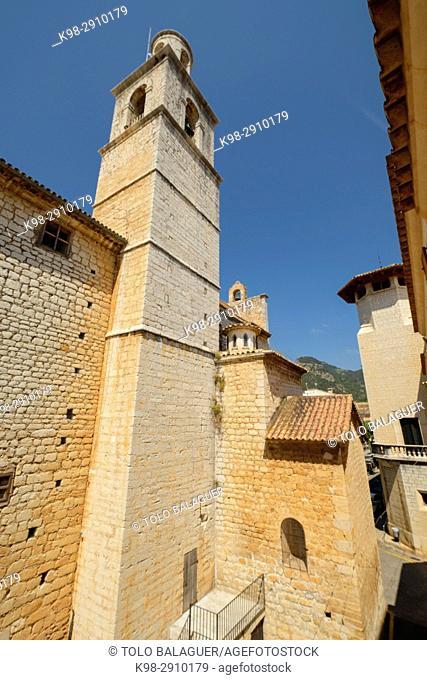 Bell tower of Church of Sant Bartomeu, Alaró, comarca de Raiguer, Mallorca, Balearic Islands, Spain