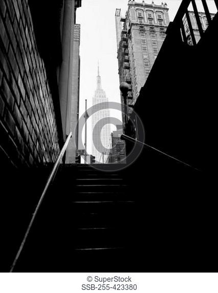 USA, New York City, Manhattan, Empire State Building, viewed from subway staircase