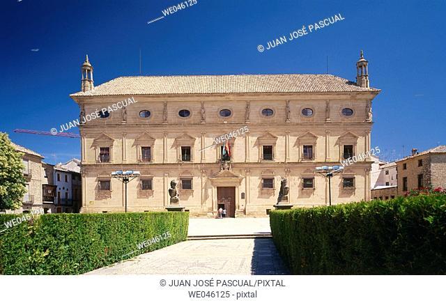 Palacio de las Cadenas, now occupied by the Town Hall. Úbeda. Jaén province, Andalusia, Spain