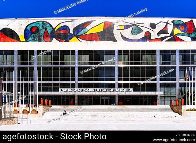 Congress Palace of Paseo de la Castellana. The façade of Avenida del General Perón features a large ceramic mural, the work of the ceramist Llorens Artigas
