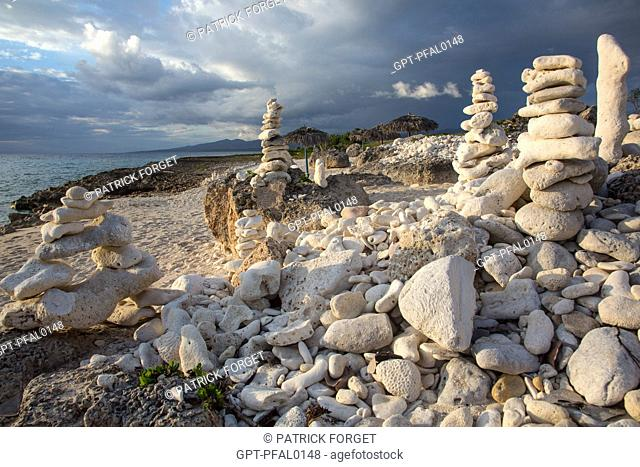 CORAL SCULPTURES ON THE FINE SANDY BEACH SITUATED BETWEEN THE VILLAGE OF LA BOCA AND ACON BEACH TO THE SOUTH OF THE TOWN OF TRINIDAD, CUBA, THE CARIBBEAN