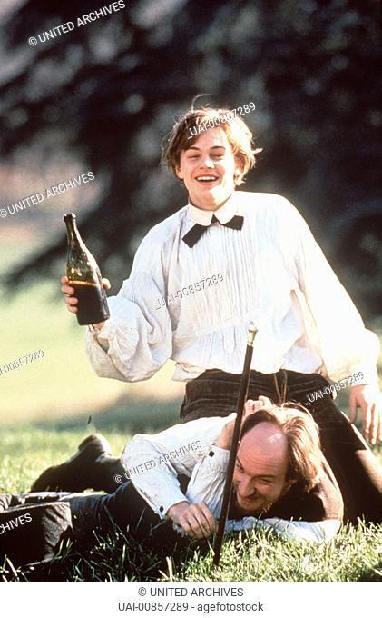 Erzählt wird die Geschichte der leidenschaftlichen und selbstzerstörerischen Liebe zwischen dem jungen, genialen Dichter Arthur Rimbaud (LEONARDO DI CAPRIO) und...