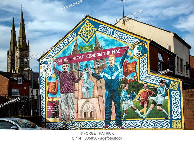 MURALS IN REMEMBRANCE OF THE NORTHERN IRELAND RIOTS, WESTERN CATHOLIC QUARTER OF ALBERT STREET, BELFAST, ULSTER, NORTHERN IRELAND