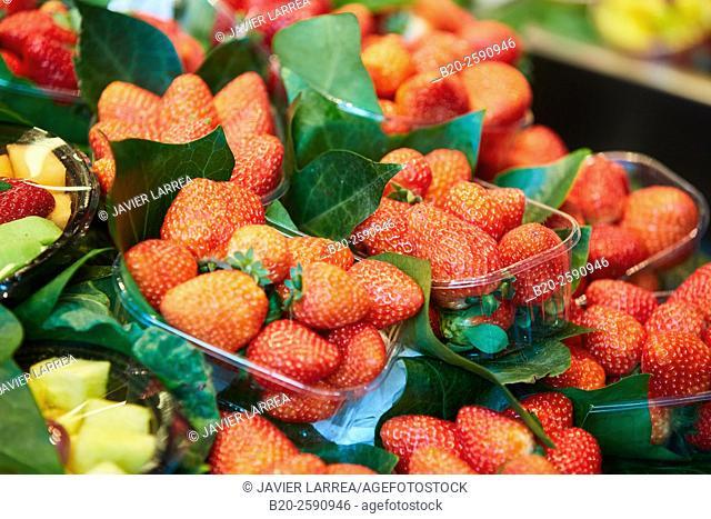 strawberries, Mercat St Josep, La Boqueria market, Las Ramblas. Barcelona. Catalonia. Spain