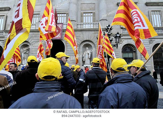 Demonstration of labor protest. Sant Jaume square. Ciutat Vella. Ghotic área. Barcelona. Catalonia. Spain