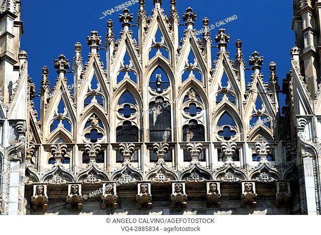 Details of Milan Cathedral, Piazza Duomo, Milano, Lombardy, Italy