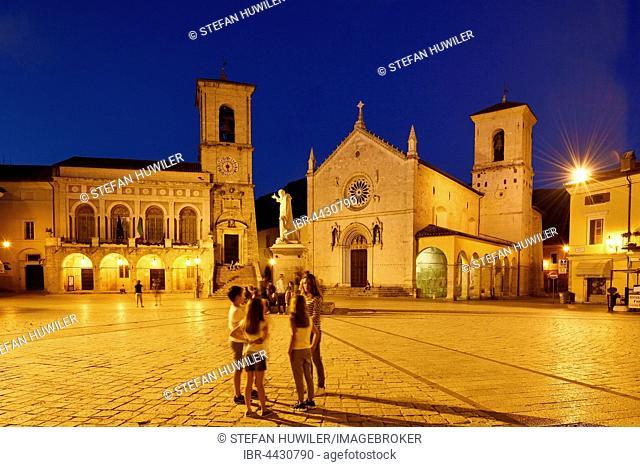 Palazzo Comunale and Basilica di San Benedetto, evening, Norica, Perugia, Umbria, Italy