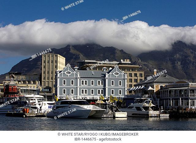 V & A Waterfront, harbor, Cape Town, South Africa, Africa