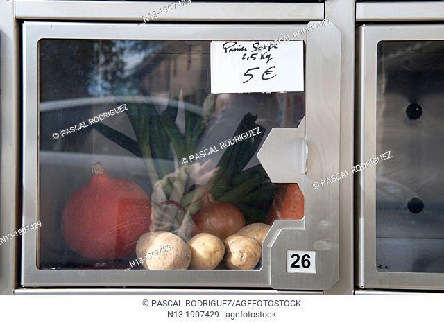 Fresh food distributor, Montolieu Aude, France