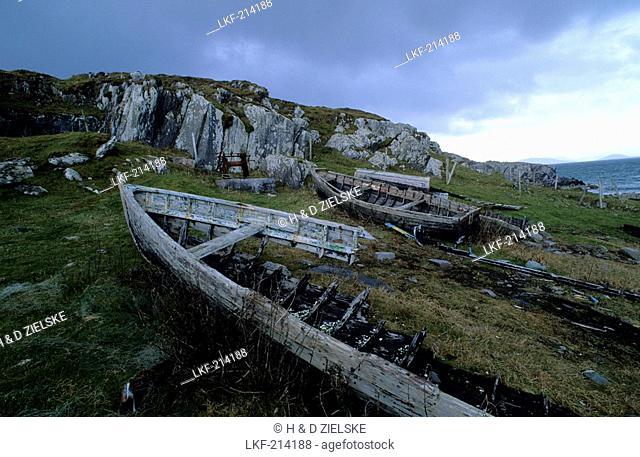 Europe, Great Britain, Ireland, Co. Kerry, Beara peninsula, ship wreck at Garnish Point