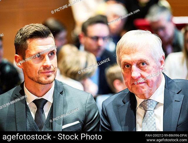 12 February 2020, Hessen, Wiesbaden: Sebastian Kehl (l), German Champion, DFB Cup Winner and Vice World Champion as a professional footballer